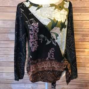 """""""Tiny"""" floral blouse with waist tie"""